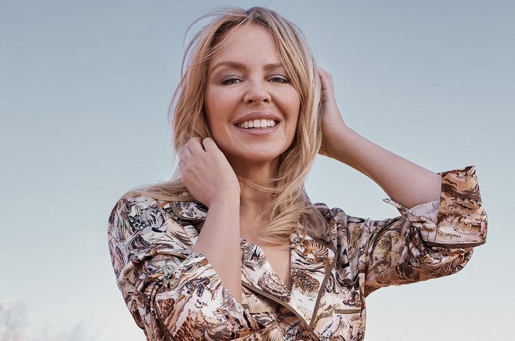 Виглядає розкішно: 52-річна Кайлі Міноуг вразила красою та молодістю на нових фото