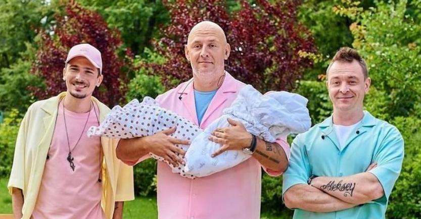 """""""Став батьком"""": Потап ошелешив мережу фото з двома новонародженими дітьми"""