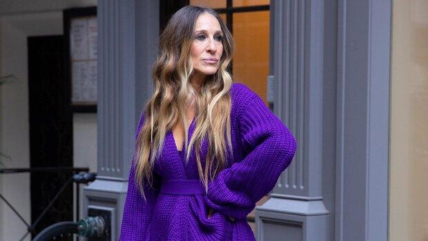 Стильно та затишно: 55-річна Сара Джессіка Паркер демонструє ідеальну сукню для осені 2020