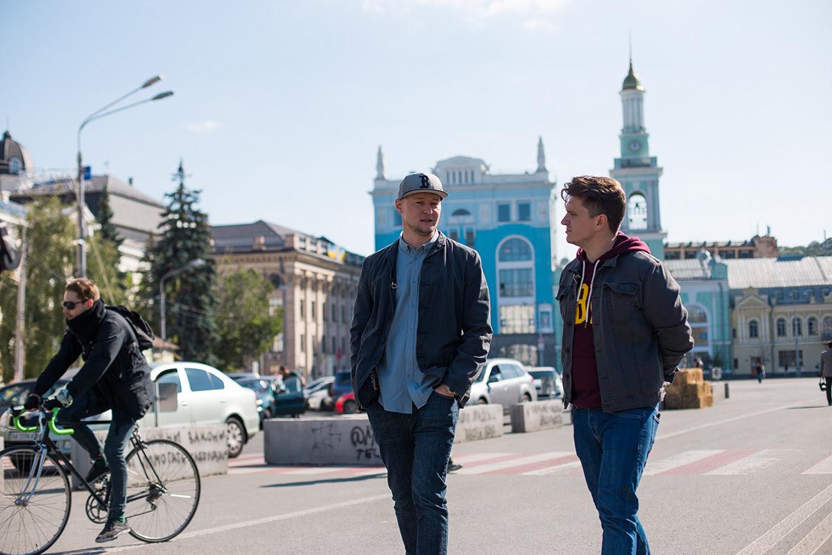 Андрій Хливнюк (Бумбокс) в новому випуску Зе Інтерв'юер